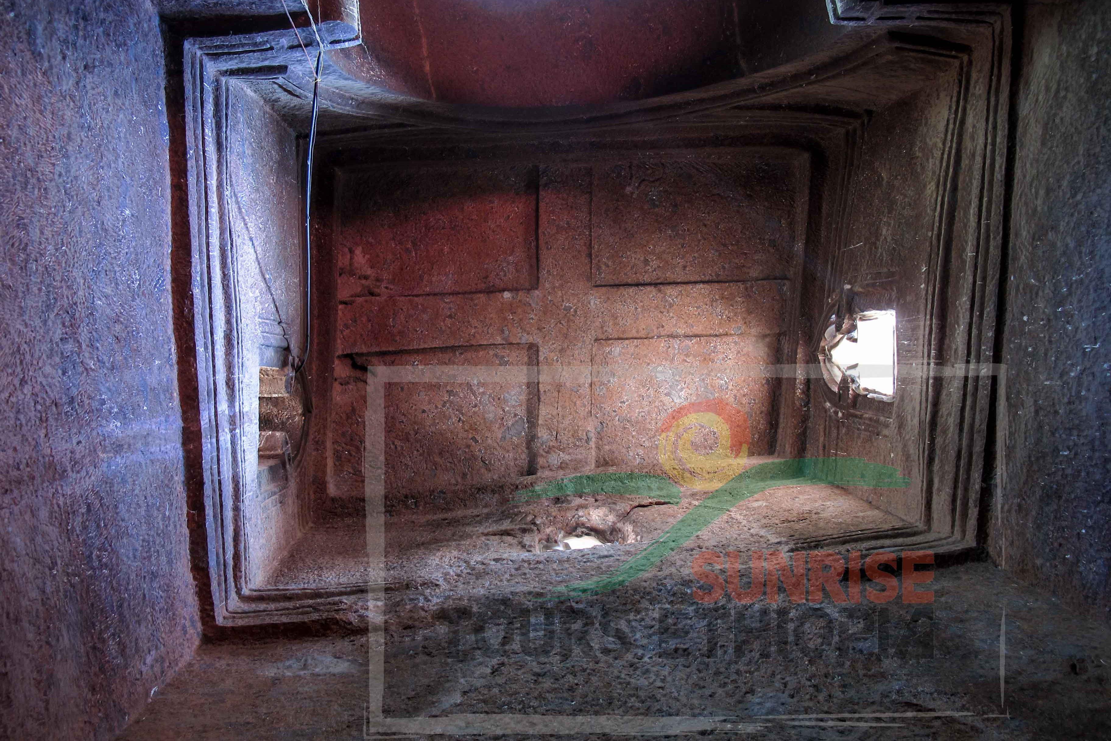 Lalibela saint George Church interior