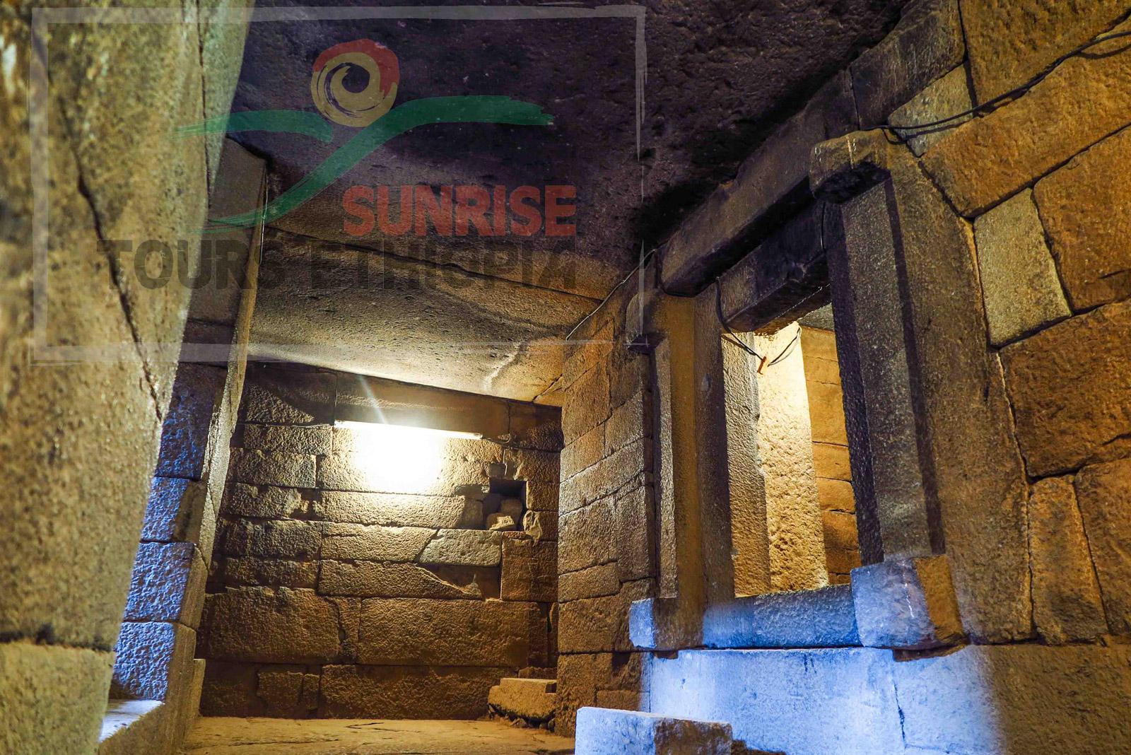 Aksum kaleb tomb