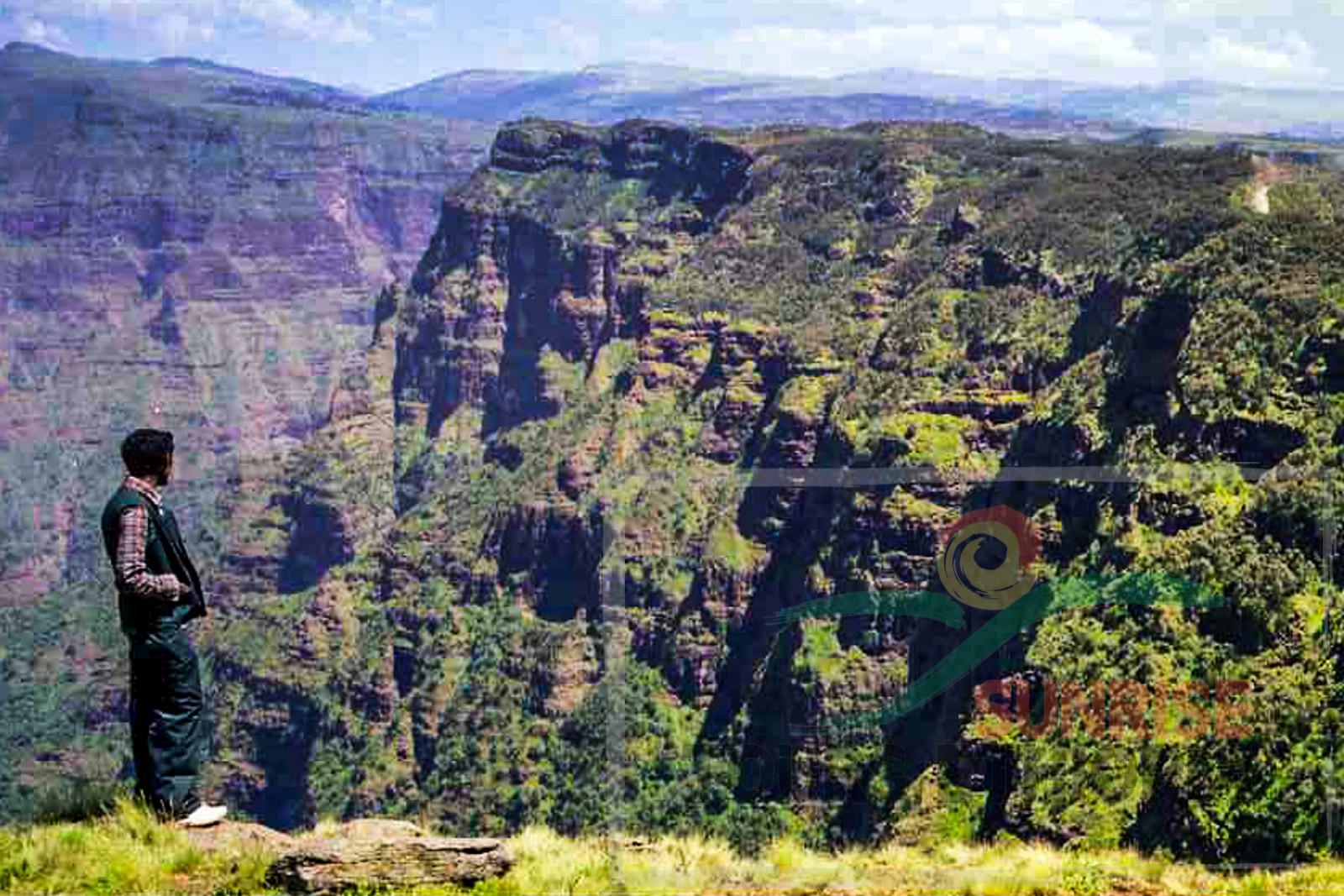 SIMIEN NATIONAL PARC ETHIOPIA LANDSCAPE-2
